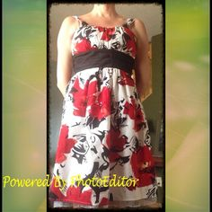 Gorgeous Poppy Print Sun Dress New Sz 5