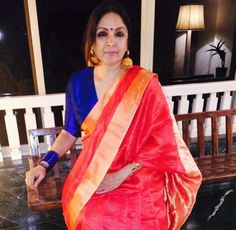 Like this combo Indian Blouse, Indian Sarees, Indian Attire, Indian Outfits, Ethnic Fashion, Indian Fashion, Neena Gupta, Moda Indiana, Modern Saree