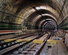 Worldwide Subway Tunnels in Photographs – Fubiz Media