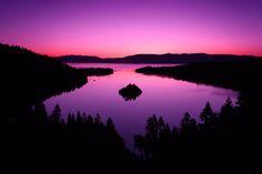 Fotografía Sunrise in Purple Tones por Evgeny Tchebotarev en 500px