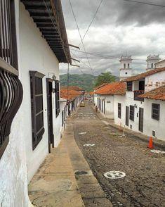 Pueblos Patrimonio de Colombia Beautiful Places, Houses, Natural, Travel, World, Wonderful Places, Spanish Colonial, Face Drawings, Homes
