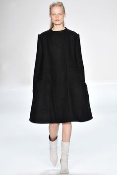 Narciso Rodriguez Fall 2012 Ready-to-Wear - Collection - Gallery - Style.com