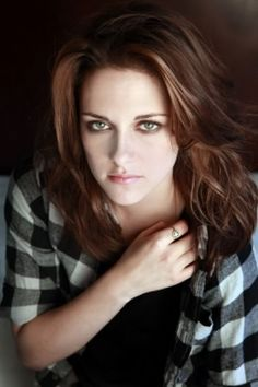 Welcome to Kristen Source; your best source for everything of the talented American actress Kristen Stewart related, best known for her role as Bella Swan in The Twilight Saga, you may also know her from her other projects such as The Runaways, Snow. Nicholas Hoult, Nikki Reed, Dakota Fanning, Die Twilight Saga, Hollywood Celebrities, Hollywood Life, Hollywood Stars, Beautiful Celebrities, Beautiful Women