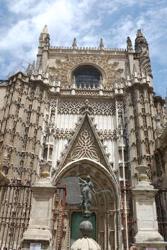 Seville Cathedral, the largest gothic structure in the world