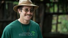 The 'Okja' Interview: Jake Gyllenhaal on Today's America, Personal Comfort and His Parents' Divorce   HuffPost