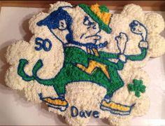 Fighting Irish Cupcake Cake