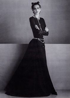 ines de la fressange wearing chanel haute couture for vogue paris, 1984