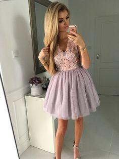 Tiulowa sukienka Honey w kolorze szaro - różowym. Idealna sukienka na wesele, ślub cywilny, bal, studniówkę.  349 zł  www.illuminate.pl