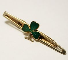 Vintage Irish shamrock tie clip. Irish by chicvintageboutique