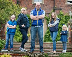 #HodsockPriory #PhotographerRetford #PhotographerHodsockPriory #FamilyPortrait