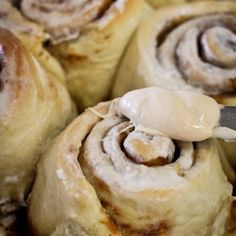 Cake Mix Cinnamon Rolls With Frosting Creations Cinnamon Roll Frosting