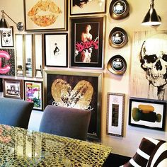 How Rock and Roll is this Gallery Wall designed by @donnamondiinteriordesign #IDCDesigners??