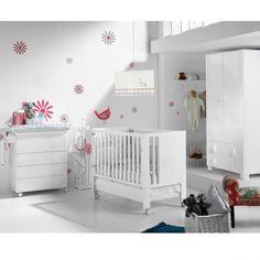 Habitación de Bebé Micuna Ambiente Cielo blanco colección. Muebles y complementos de la colección Cielo de #Micuna para crear la habitación de bebé ideal para recibir al recién nacido.