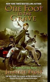 One Foot in the Grave by Jeaniene Frost... reviewed by Lisa