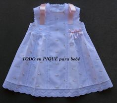 temporada 2015 Faldones en piqué para bebé Frilly Dresses, Little Girl Dresses, Angel Outfit, Baby Dress Patterns, Heirloom Sewing, Baby Sewing, Clothing Patterns, Doll Clothes, Kids Outfits