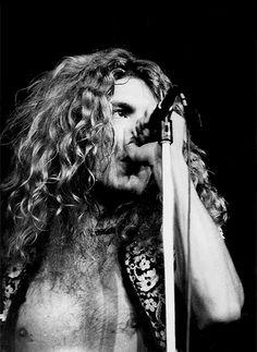 "babeimgonnaleaveu:  ""Robert Plant on stage at Madison Square Garden, NYC, 1971. (via)"""