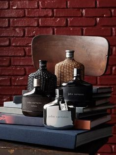 Perfume is the art that makes memory speak. Read this amazing buying guide for buying out your next and best Fragrance for men Best Perfume For Men, Best Fragrance For Men, Best Fragrances, Perfume And Cologne, Perfume Bottles, Men's Cologne, Parfum Mercedes, Top Perfumes, Summer Perfumes