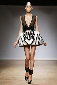 On Aura Tout Vu Haute Couture Spring Summer 2014 Paris - NOWFASHION