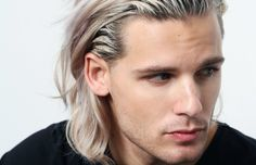 Devin Oliver of I See Stars recently led fans down a long rabbit hole into believing that he will be starring in season seven of Game of Thrones..