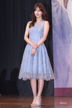 Suzy Uncontrollably Fond Press Conference Kpop Fashion, Asian Fashion, Fashion Outfits, Miss A Suzy, Bae Suzy, Korean Actresses, Red Carpet Dresses, Dress To Impress, Look