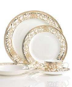 Cru Dinnerware, Athena Collection Dining Decor, Decoration Table, Dining Ware, Dinnerware Sets, China Dinnerware, Holiday Dinnerware, Royal Doulton, Place Settings, Table Settings
