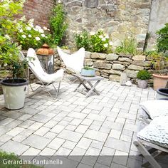 Outdoor - Steinwand und Steinmauer The Constant Gardener, Gardening, Couch, Outdoor Decor, Home Decor, Patio Stairs, Stone Fence, Rock Wall, Rockery Garden