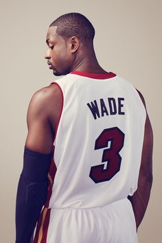 K State Basketball Recruiting Code: 3746658281 Miami Heat Basketball, Nba Miami Heat, Basketball Legends, Sports Basketball, Basketball Jersey, Basketball Players, Basketball Rules, Sports Teams, Dwyane Wade Wallpaper