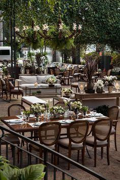 Wedding Goals, Wedding Themes, Dream Wedding, Wedding Decorations, Restaurant Concept, Restaurant Design, Indoor Wedding Receptions, Wedding Venues, Outdoor Living Rooms