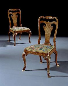 AN IMPORTANT PAIR OF EARLY 18TH CENTURY GEORGE I PERIOD PARCEL GILT AND BURR WALNUT SIDE CHAIRS. Circa: 1720