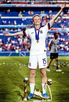 Megan Rapinoe of the USA celebrates with the her World Cup, Golden Boot and Golden Ball trophies fol Usa Soccer Team, Soccer Fans, Team Usa, Soccer Players, Football Girls, Girls Soccer, Play Soccer, Football Football, College Football