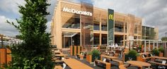 Hanba!!!    Inak sa to nazvať ani nedá. Oficiálnymi sponzormi Olympíjskych hier v Londýne je McDonalds a Coca Cola. Podobne to bolo v prípade nedávnych ME vo futbale či iných športových podujatí. Kam speje táto doba? Pokračovanie na:  KLIKNI NA OBRÁZOK Mcdonalds Restaurant, Park Restaurant, London Olympic Park, Truffle Hunting, World's Best Food, London Summer, Tasting Menu, Big Mac, London