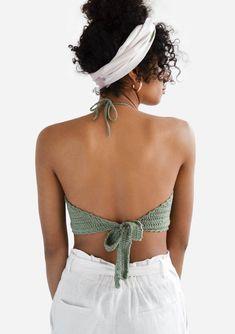 Top Crop Tejido En Crochet, Crochet Halter Tops, Crochet Bikini, Mode Crochet, Hand Crochet, Knit Crochet, Bralette Crop Top, Halter Crop Top, Cropped Tops