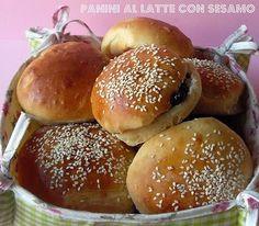 Ricette con la macchina del pane/MDP: PANINI AL LATTE CON SEMI DI SESAMO