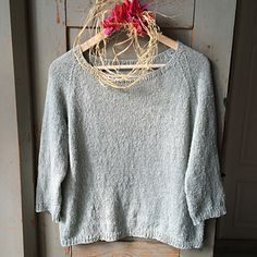 Silk Gray is an uncomplicated friend for a casual look. Absolutely non-itchy - this goes with anything and can be worn over a tank top, summer dress or a T-shirt. Knit up in a luxurious bourette silk blend, the material is shimmering and at the same time interestingly tweedy. The sweater has small 1x1 rib details around all edges. The neck is wide and flattering with a small rib detail. I left the bottom rib open in the sides, but that's optional of course.