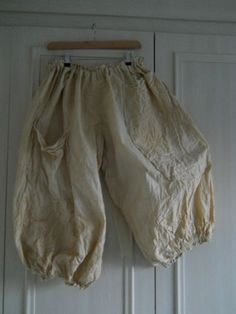 BNWT OS Quirky Lagenlook Bloomers Pants Cream Pearl w Ritanotiara Magnolia Bow | eBay