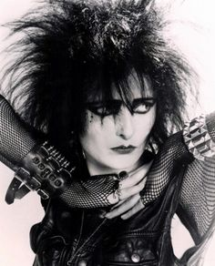 Siouxsie Sioux of Siouxsie and the Banshees. The Banshees were a British rock band formed in 1976 by vocalist Siouxsie Sioux and bassist Steven Severin. Initially associated with the. Siouxsie Sioux, Siouxsie & The Banshees, 80s Goth, 80s Punk, Punk Goth, New Wave, Danielle Dax, Cyberpunk, Pelo Retro