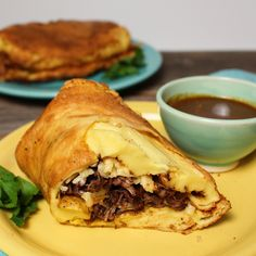 A British take on the Tex-Mex classic, with shredded savory beef wrapped inside a giant Yorkshire pudding. British Burrito By Sue Lau Yorkshire Pudding Wrap, Yorkshire Pudding Recipes, Yorkshire Pudding Burrito, Gf Recipes, Cooking Recipes, Beef Wraps, Beef Steak Recipes, Slow Cooked Beef, Pizza
