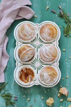 Apricot muffins.