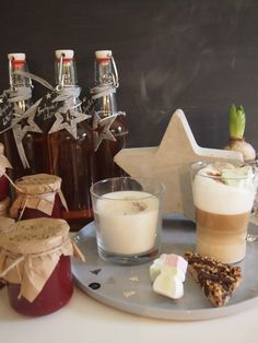 Sweet Santa Marmelade (Kirsch-Marzipan) - weiter runter scrollen | dieZuckerbäckerei
