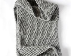 Huntress Vest pattern by Dahlia in Bloom Easy knitting