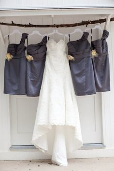 Brides dress with her maid of honor and maids dresses.