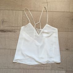 LF Lace Tank Top *NEW* Brand new with tags! LF white lace tank top size medium! NO TRADES LF Tops