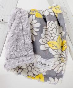13'' x 18'' Gray Floral & Fuzzy Cuddle Blanket