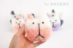 :: 슬플 고양이 수세미 :: 함께떠요/ 퐁퐁 수세미실/ 과정샷有 : 네이버 블로그 Knit Crochet, Snoopy, Teddy Bear, Knitting, Handmade, Crafts, Character, Animals, Dishcloth