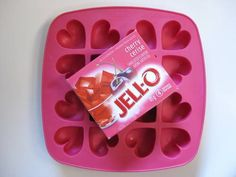 How to make Valentine's Jello Jigglers using an ice cube tray - COOKING - When I used to live with my sister CT, we used to throw a lot of parties in our little home. One of our favourite things to serve were jello sho Jello Desserts, Jello Recipes, Tea Recipes, Cocktail Recipes, Yummy Recipes, Jello Molds, Candy Molds, Jello Jigglers Mold Recipe, Pallets