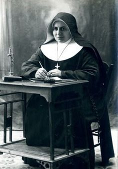 Sisters of the Sacred Heart of Jesus  Congregation of the Sisters of the Sacred Heart   and the Sacred Instituti Sororum Corde Jesu    Date and place of foundation:  1889 years - Italy Founder: Bl. Maria Schinina