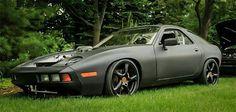 This Insane Porsche 928 Will Make Purists Crap Their Khakis Porsche 928 Gts, Porsche Cars, Gt Cars, Race Cars, Custom Porsche, Vintage Porsche, Rear Wheel Drive, Sexy Cars, Motor Car