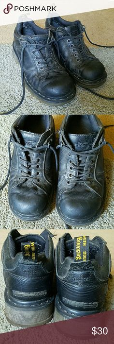 Dr. Martens boot Air Walk - bouncing soles. These have been loved and have a few scratches and signs of wear, but still have great soles with lots of life. Tag say EU39, but I usually wear a 38, so I'd say they run slightly smaller. Offers welcome. Dr. Martens Shoes Ankle Boots & Booties