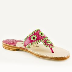Classic Linaria / Pomme Classic Gold, Palm Beach Sandals, How To Look Pretty, Espadrilles, Slippers, Pure Products, Leather, Shoes, Fashion