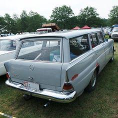 Mercedes-Benz 200D W110 Universal Kombiwagen (1966-1968) #mercedesw110 #W110 #200D #W110universal #W110stationwagon #mercedesbenz200D #mercedesbenz #mercedesestate #classicmercedes #mercedesclassic #vintagemercedes #classicbenz #vintagebenz #stationwagon #wagonlove #wagonlife #vintagecar #classiccar #rarecar #mbfan #mbfans #mblife #mbphoto #mblovers #mbclassic #mbfanphoto #instabenz #insidebenz #classiccarspotting #Bockhorn @krachkoffer #Stuttgart #BadenWurtemberg #DE